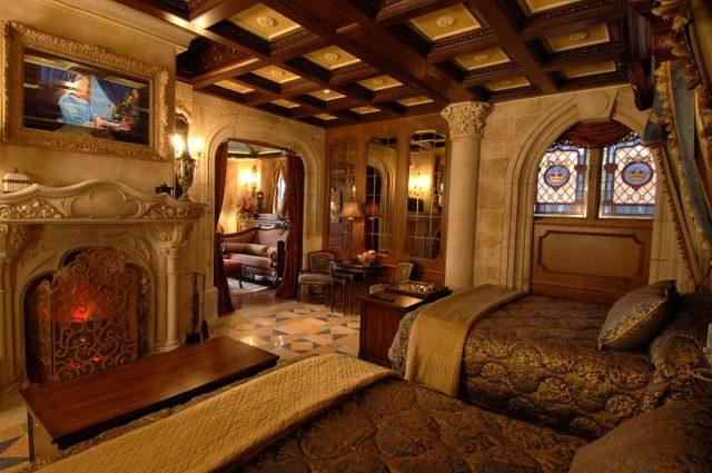 Camere A Tema Disney : La magica suite privata per walt disney nel castello di cenerentola