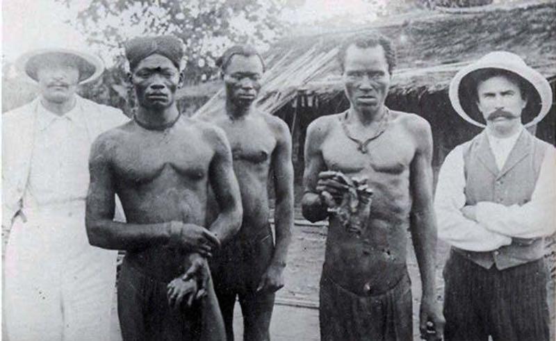 Risultati immagini per belgio africa torture