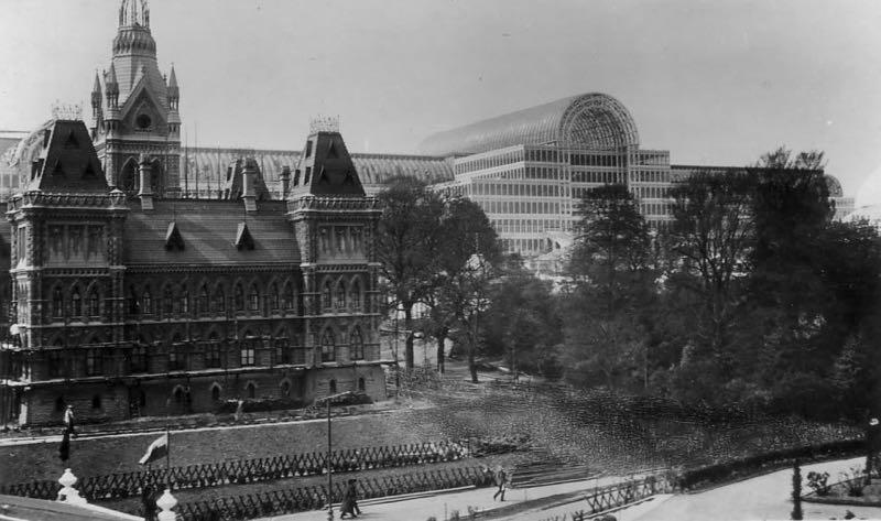 Crystal palace il palazzo perduto di londra che for Architettura moderna londra