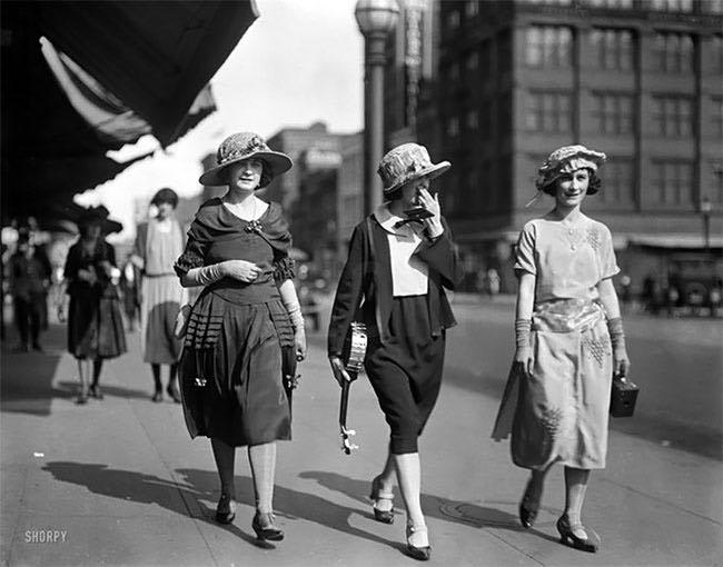 save off edc76 81520 25 Fotografie dello Street Style nei Ruggenti Anni '20 ...