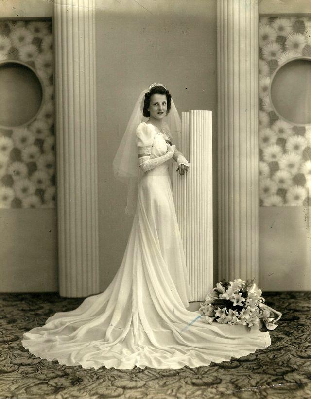 Abiti Da Cerimonia Anni 40.Moda Sposa Anni 30 40 Fotografie Di Immensi Abiti Nuziali