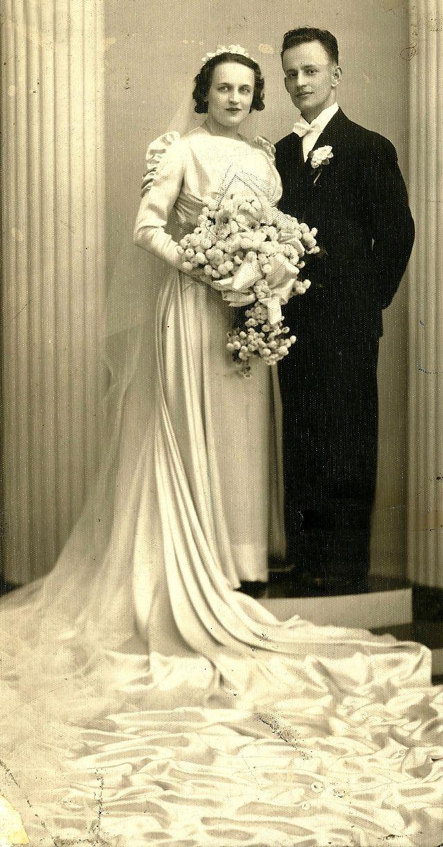 """7d90e1f94a4b Moda Sposa anni  30  40 Fotografie di """"Immensi"""" Abiti Nuziali ..."""